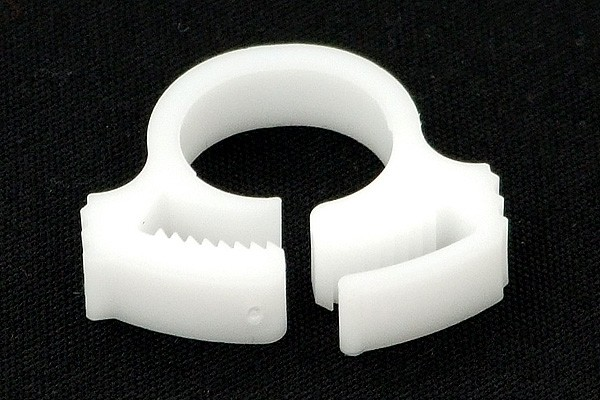 hose clamp 13 - 15mm plastics white